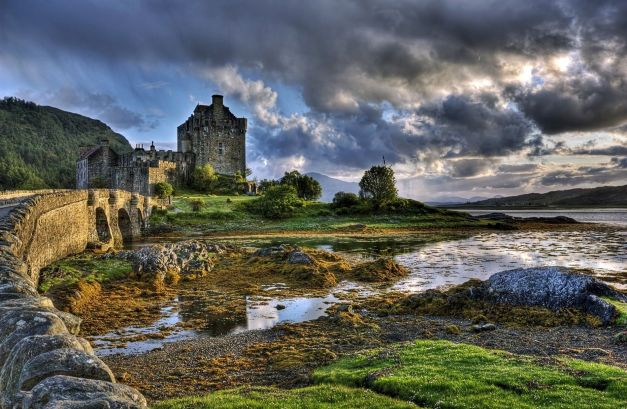 8589130412349-eilean-donan-castle-highland-united-kingdom-wallpaper-hd
